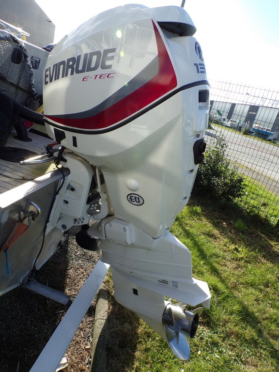 photo de EVINRUDE 130 CV 2014