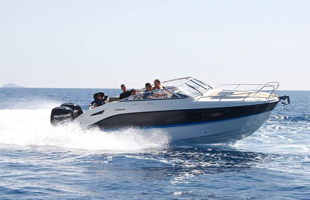 photo de QUICKSILVER 805 CRUISER    250 cv MERCURY V8