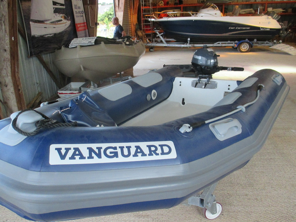 photo de ANNEXE SEMI-RIGIDE VANGUARD
