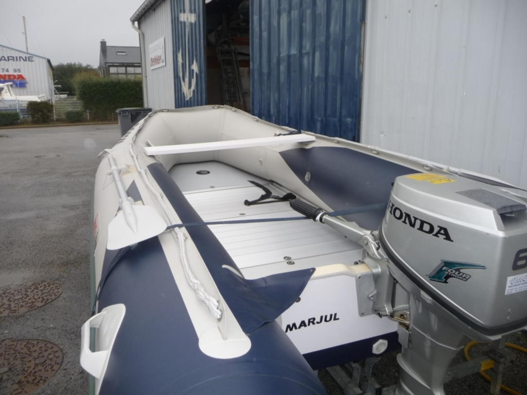 photo de Honda Marine 3m90 2006