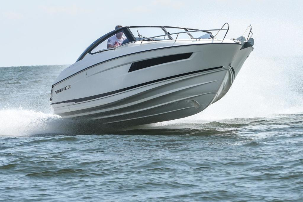 photo de 690 CABIN CRUISER