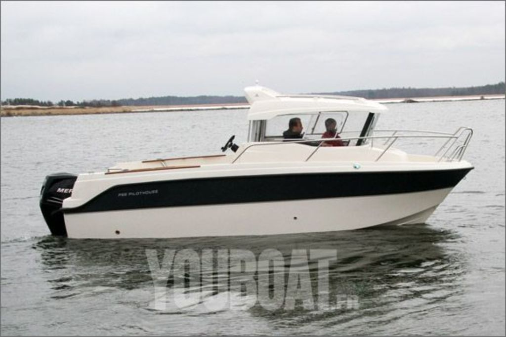 photo de PARKER 660 PILOTHOUSE NEUF 2015