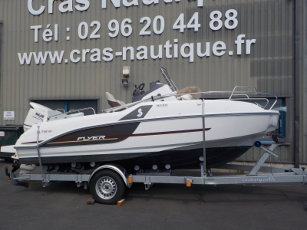 photo de FLYER 5.5 SUNDECK BENETEAU